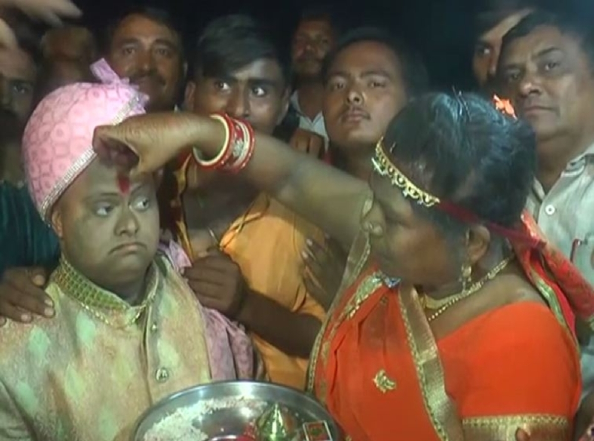 This Gujarat man had a lavish wedding, but no bride!