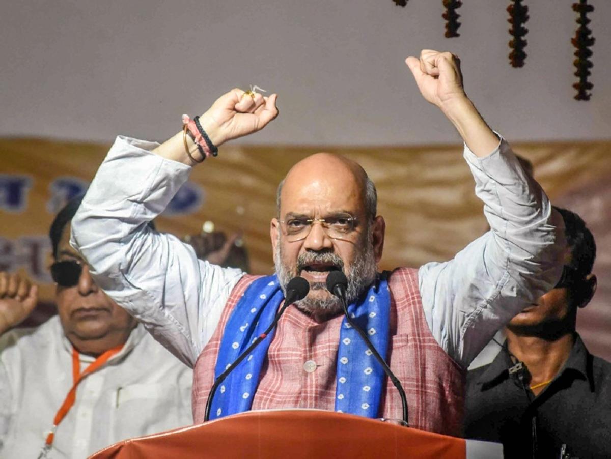 'I am chanting Jai Shri Ram, arrest me if you have guts': Amit Shah dares Mamata Banerjee