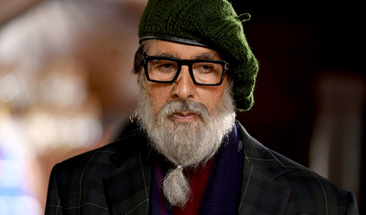 Look here Mr Pain: Amitabh Bachchan shares a new photo from 'Chehre'