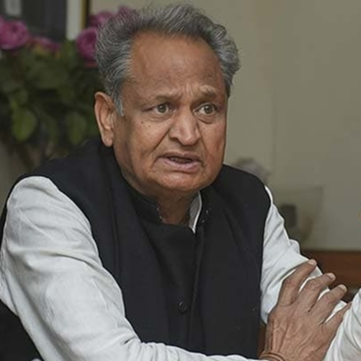 Amid Rajasthan crisis Sarah Pilot attacks CM Ashok Gehlot on Twitter