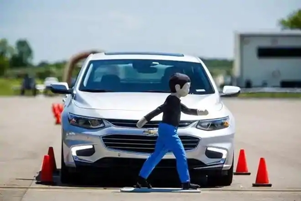 'Spidey senses' could help self driving cars avoid crashes