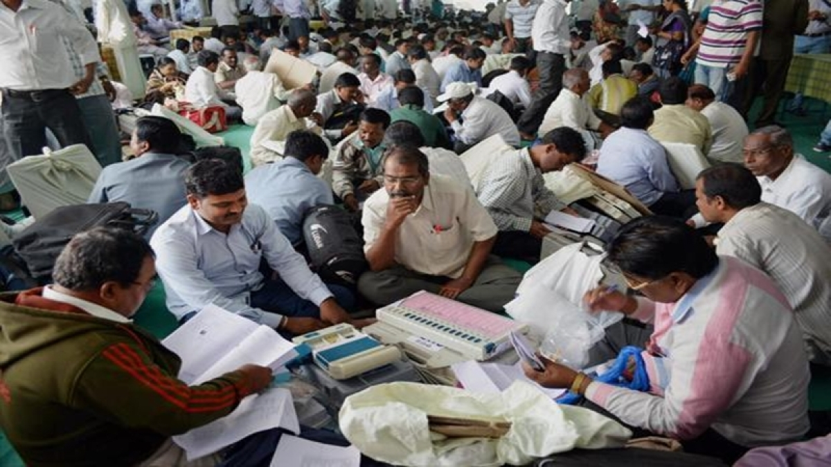 Counting: Results of Maha 48 seats likely by Thursday evening
