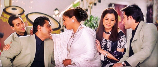 Mother's Day 2019: Entertain your Maa with 13 famous Bollywood 'Mom Dialogues'