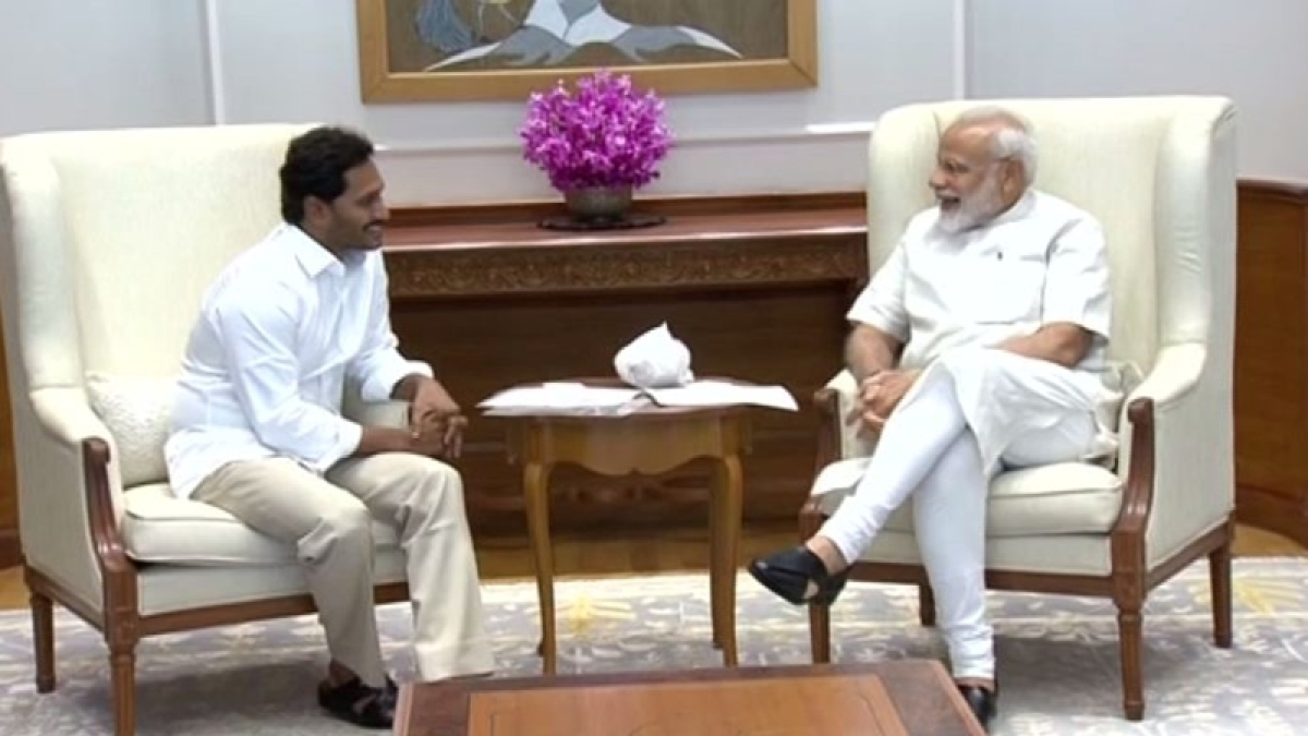 Jagan Reddy arrives in New Delhi, meets PM Modi