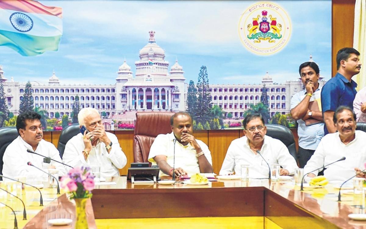 After LS poll rout, Karnataka cabinet reposes faith in HD Kumaraswamy