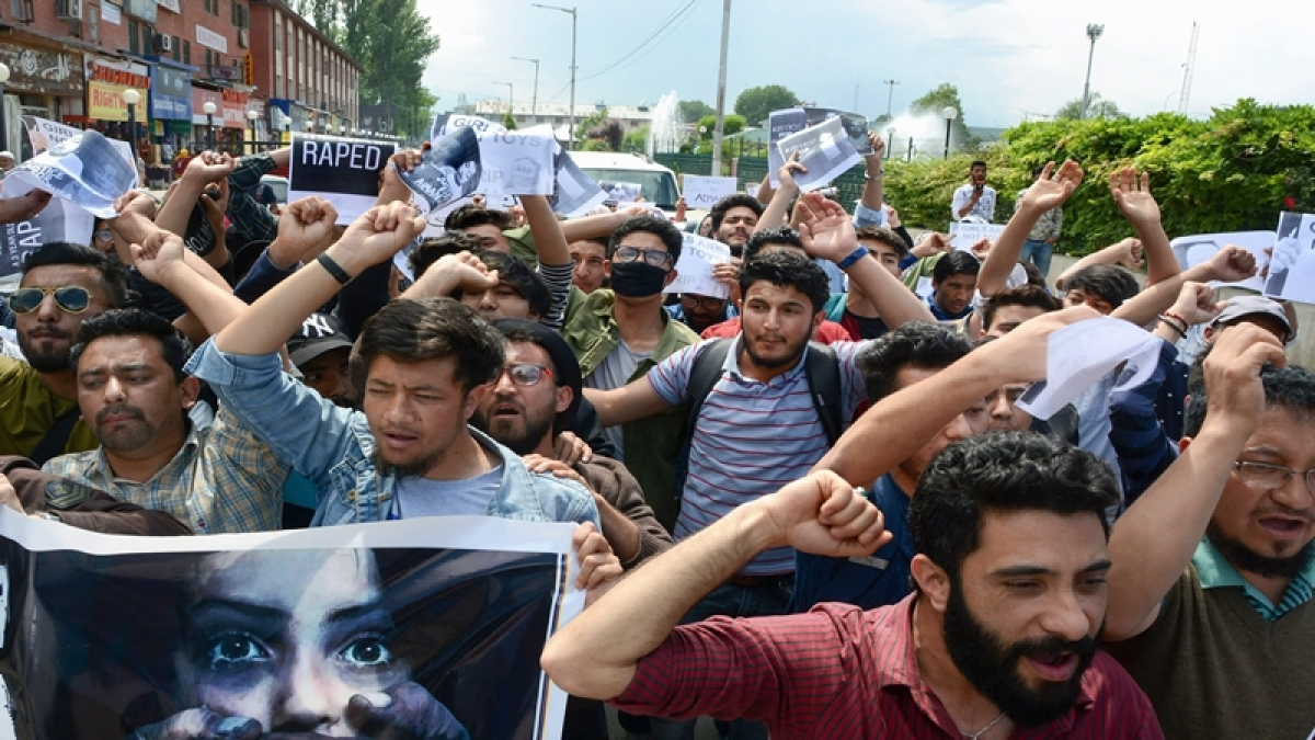 Student protests over rape of 3-year-old girl continue to haunt Kashmir Valley