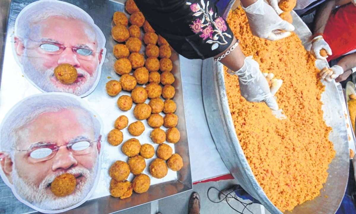 Mumbai: Buoyed by exit poll results, BJP supporters order 3,000 kg laddoos