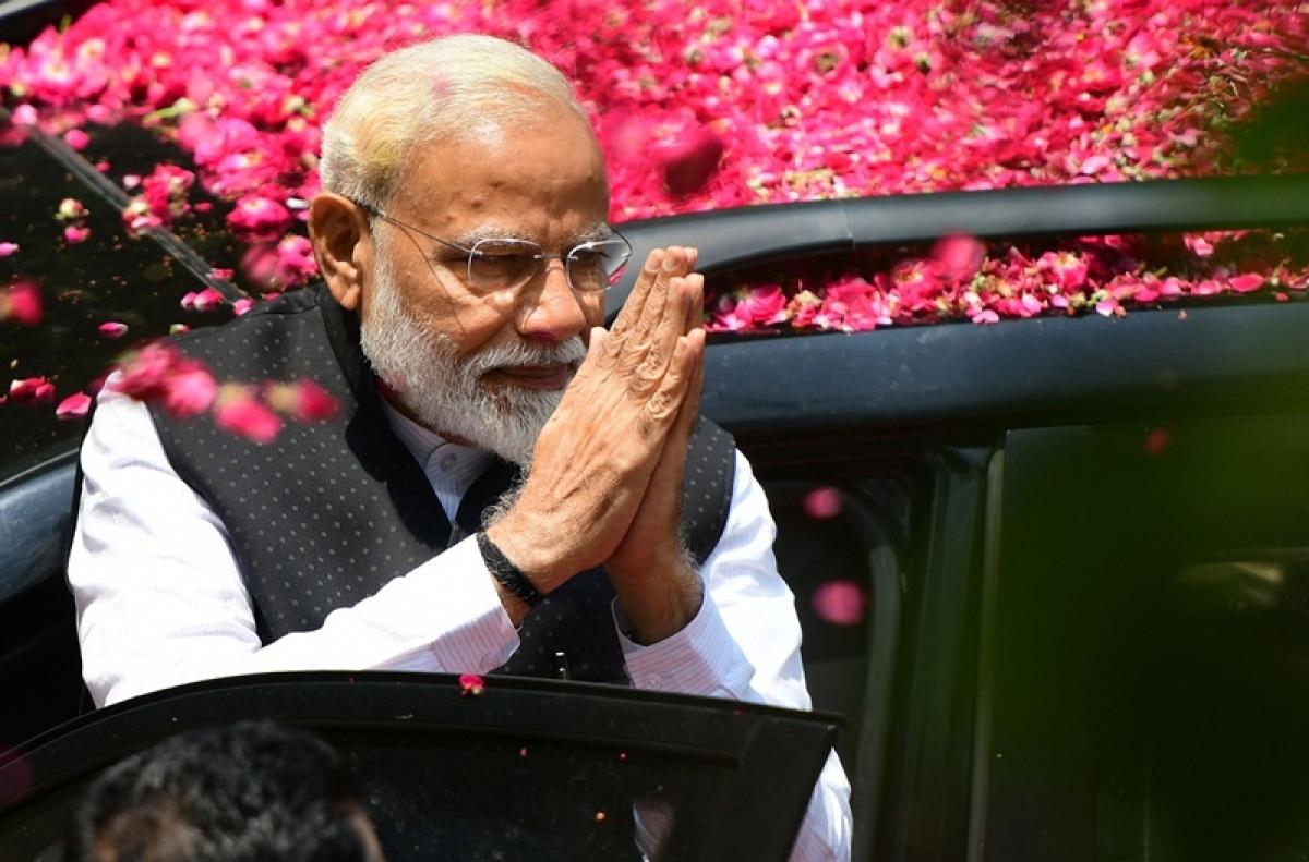 PM Modi attacks Lalu Prasad Yadav clan in his last Bihar rally