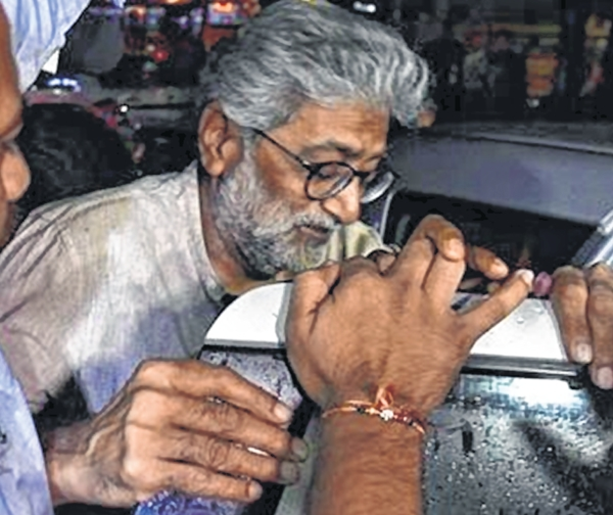 Maharashtra government refers to Gadchiroli naxal attack as it renews plea to arrest Gautam Navlakha