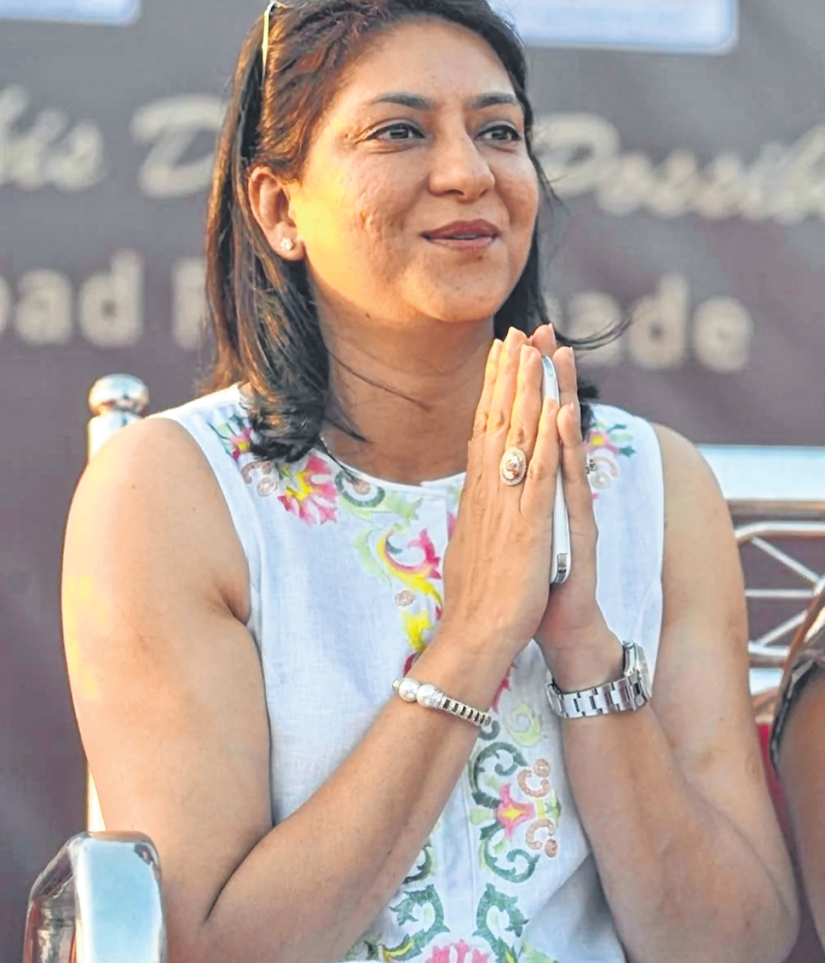 Lok Sabha Election 2019: Candidates tweet
