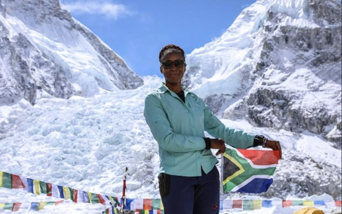 South African woman makes landmark Mount Everest summit