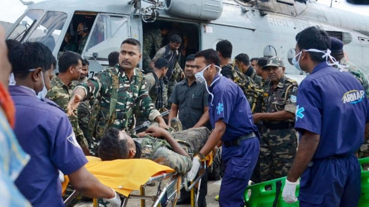 15 security personnel injured in IED blasts in Jharkhand