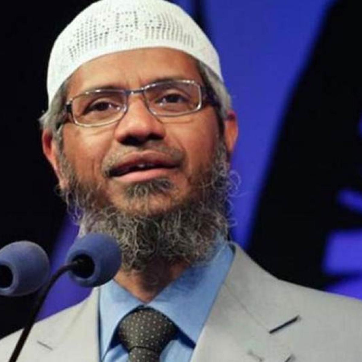 Malaysia may revoke Zakir Naik status for racist remarks