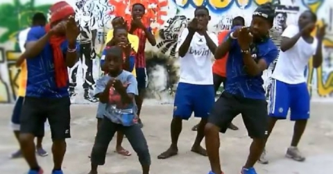 WATCH! Will Nigerians Embrace This New Dance?