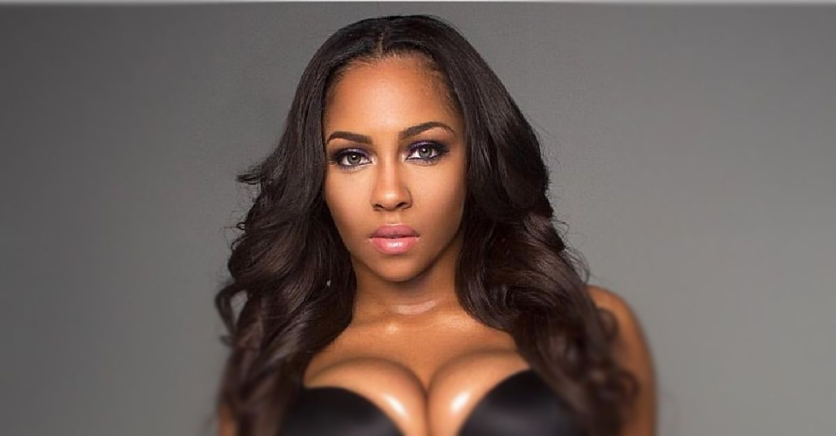 Titi's Erotic Notes: Foursome Intensity (18+)