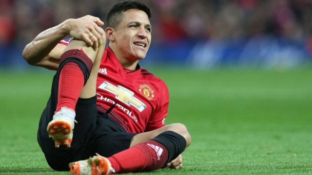 Sanchez And Matic In Man United Squad For Barcelona