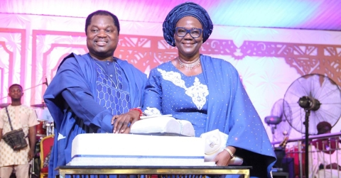 Pastor Wole Oladiyun and family