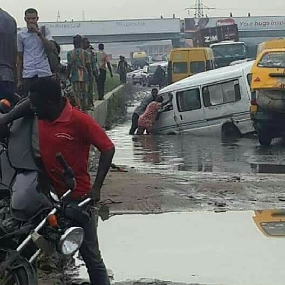 Commuters Protest The Deplorable Lagos-Badagry Expressway