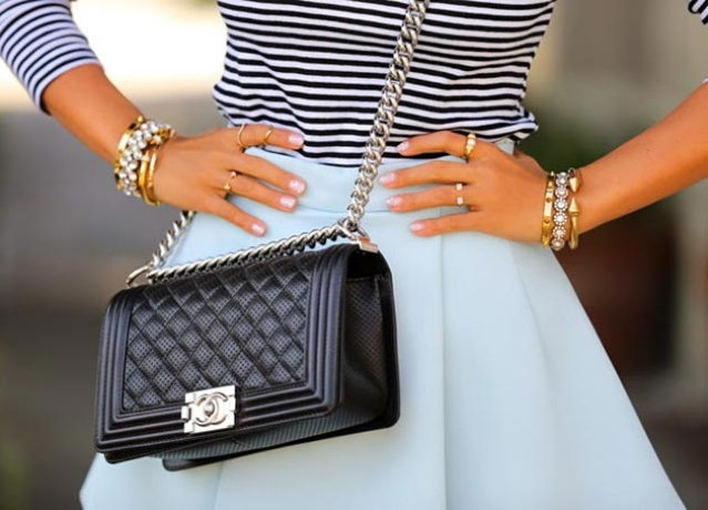 Stylish handbag look