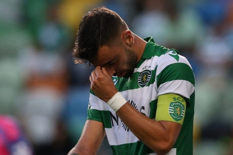 Bruno Fernandes In Tears After Sporting Defeat As £56m United Move Nears Completion