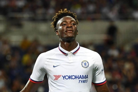 Lampard Offers Tammy Abraham 'Cursed' Chelsea No. 9 Shirt