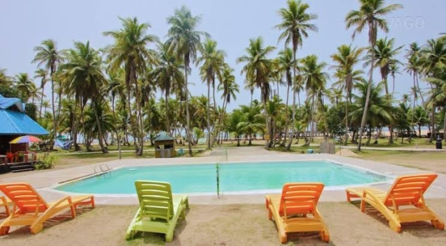 La Campagne Tropicana Beach Resort