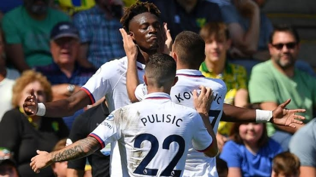 Tammy Abraham celebrating his second goal