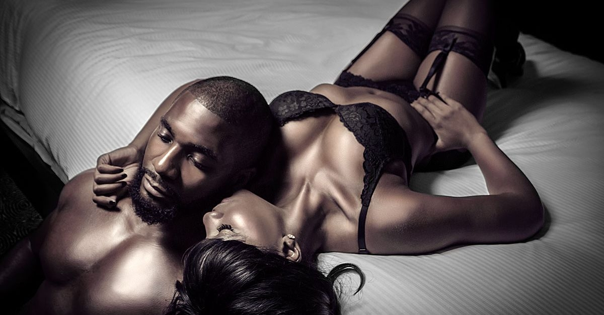 Titi's Erotic Notes: The Good Neighbour