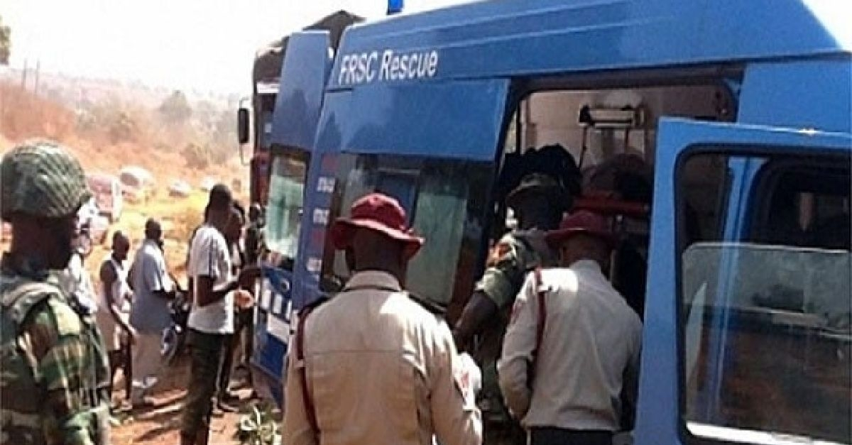 Three Dead, 14 Injured In Accident On Lagos-Ibadan Expressway