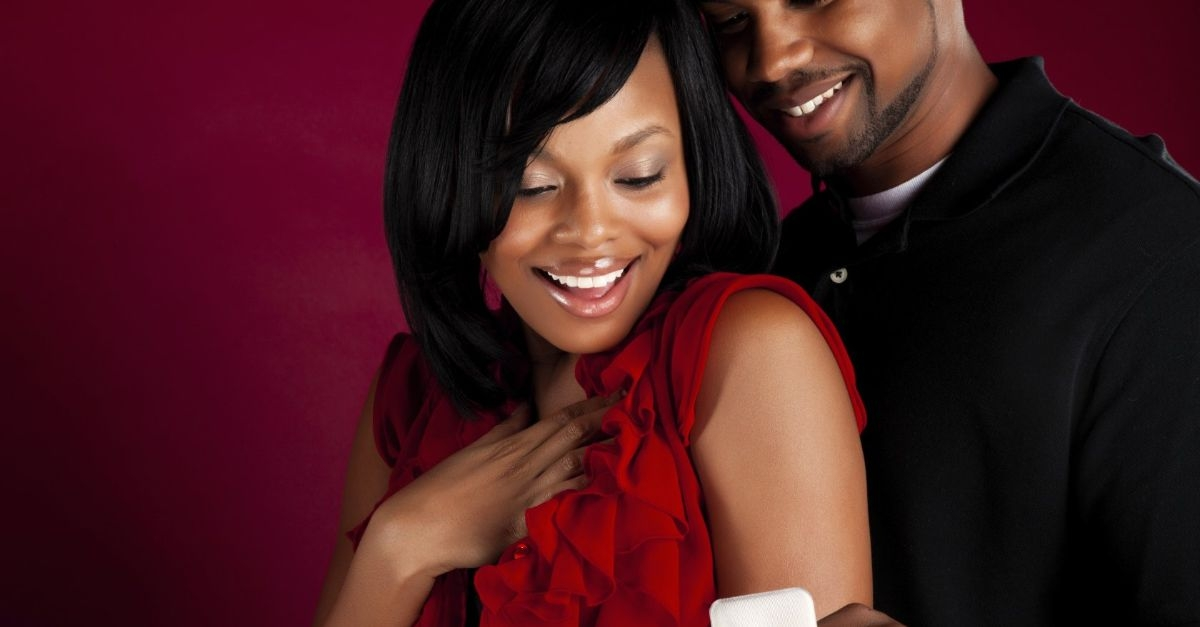 5 Signs She Is Ready To Be Proposed To