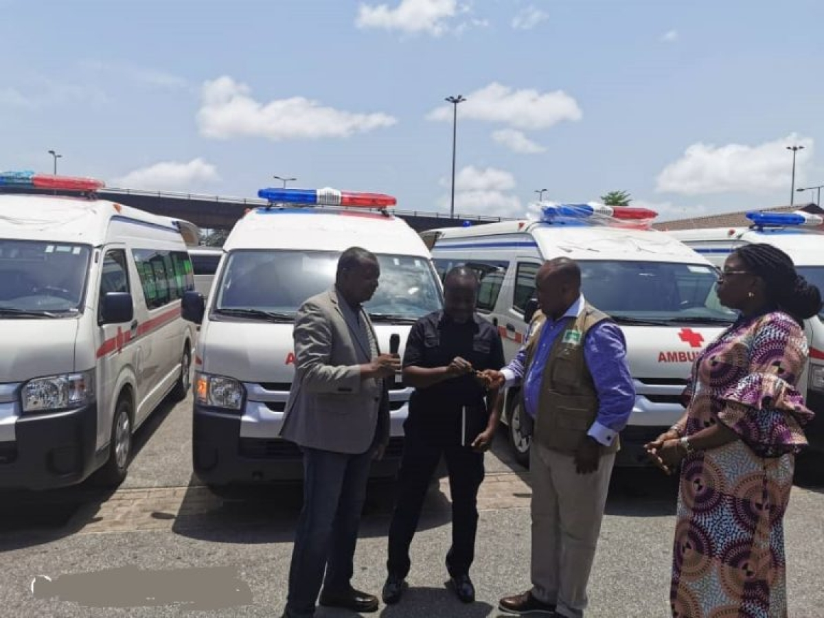 Dangote Donates Four Ambulances To NCDC To Tackle COVID-19