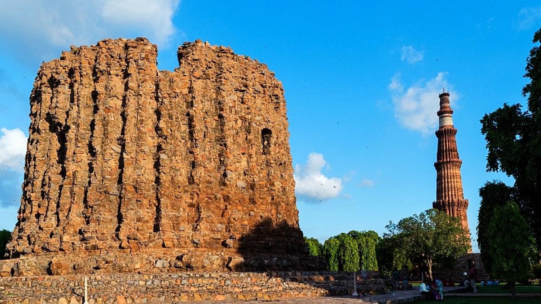 Image result for Alai Minar-qutub minar