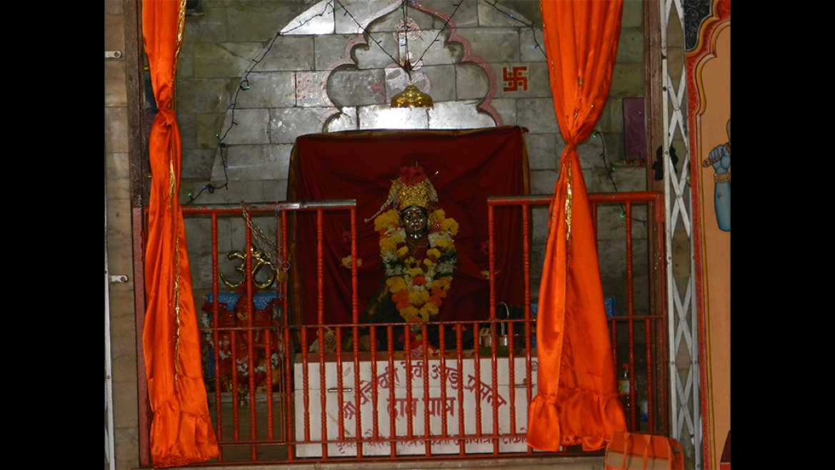 Vajreshwari Devi Mandir Built by Chimaji Appa in 1739 inside Vasai Fort