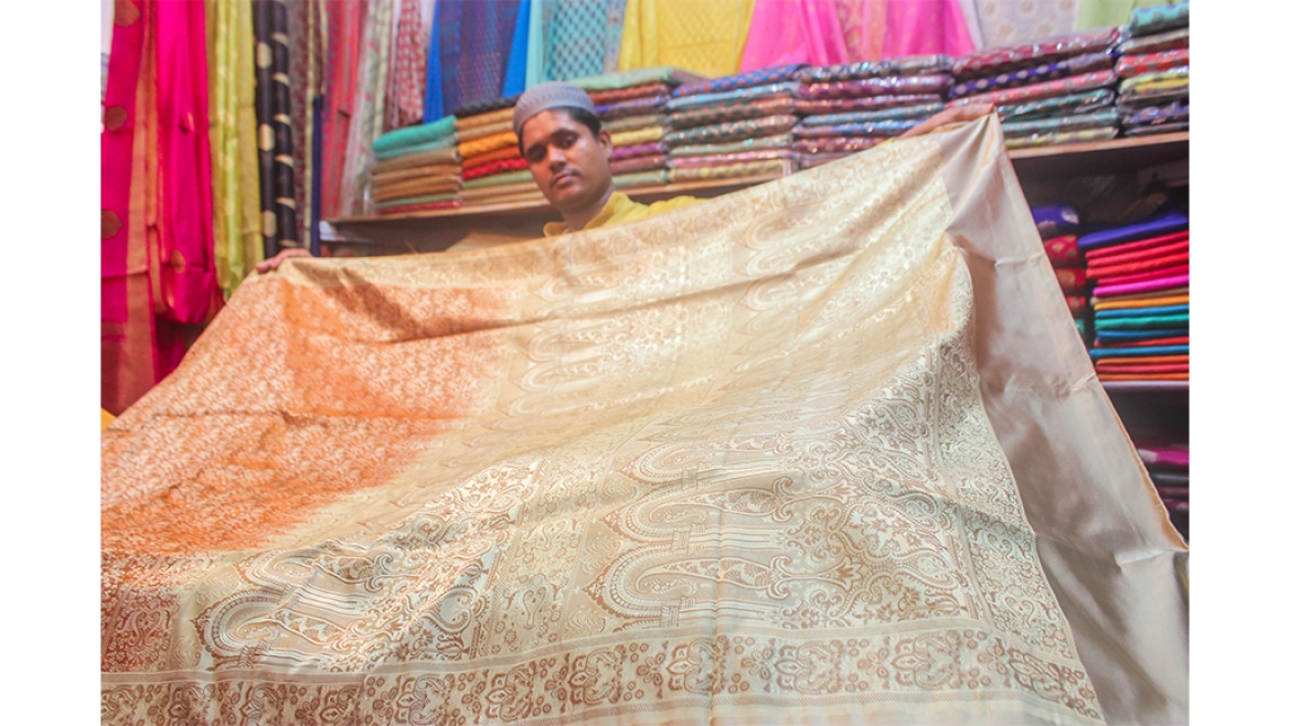 Benarasi Tanchoi <i>saris</i> are popular across India&nbsp;