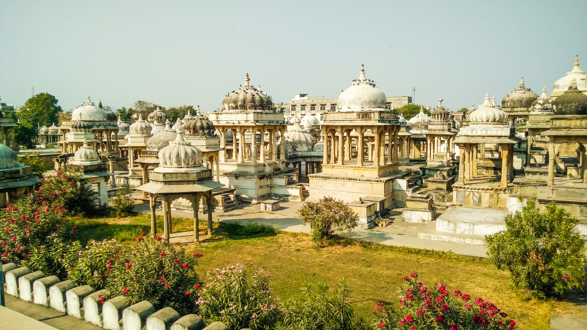 The Ahar cenotaphs are beautiful even in their run-down condition
