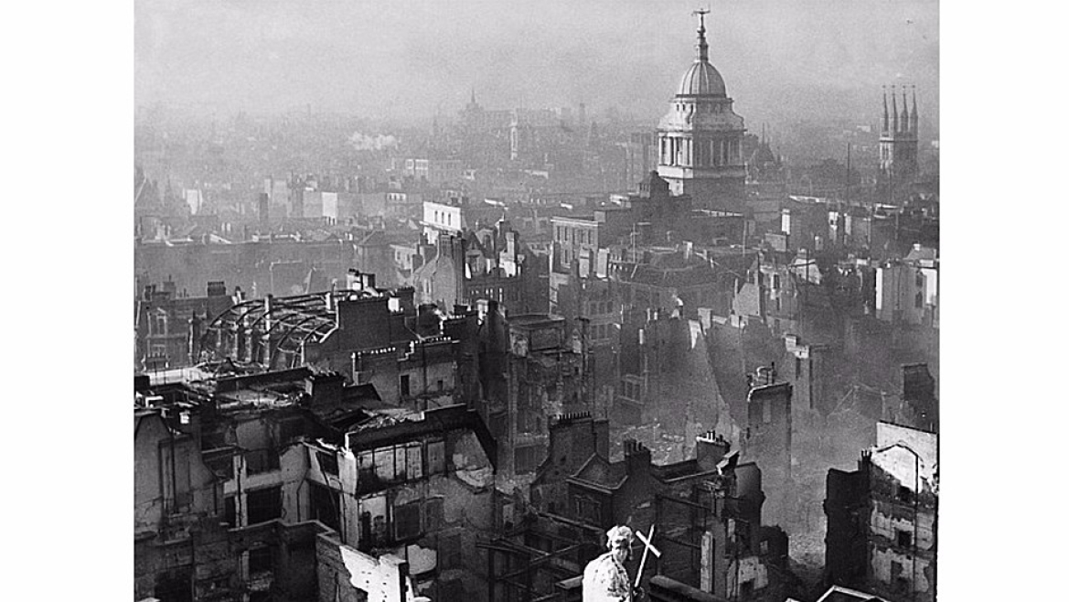 Destruction at London during World War II