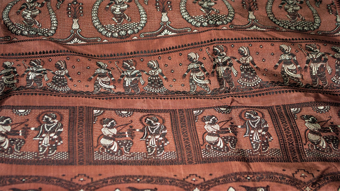 Baluchari saris are known for their pictorial themes