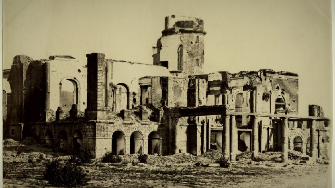 Ruins of Residency building at Lucknow, 1880