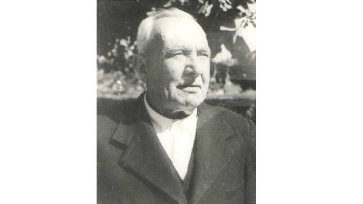 Bacha Khan's brother, Khan Abdul Jabbar Khan