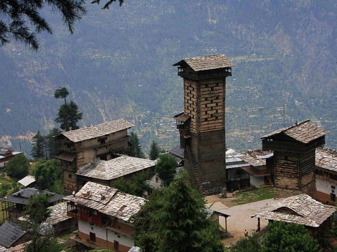 The great tower temple of Chaini is the tallest free-standing structure built in local vernacular architecture in  Himachal Pradesh