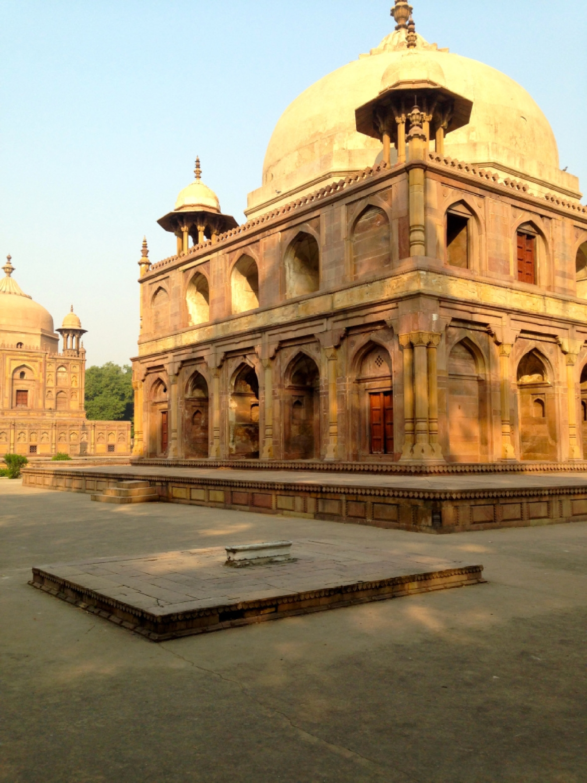 A recent photograph of the Khusrau Bagh