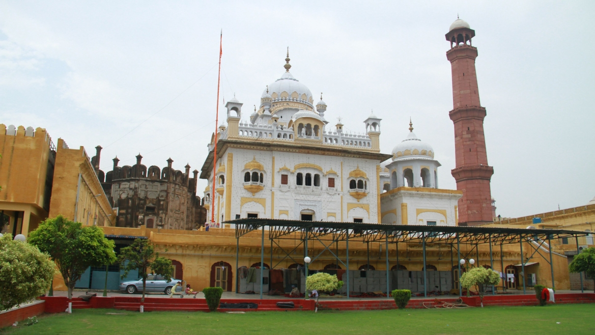 The smadh of Ranjit Singh with the minaret of the Badshahi Masjid in the background