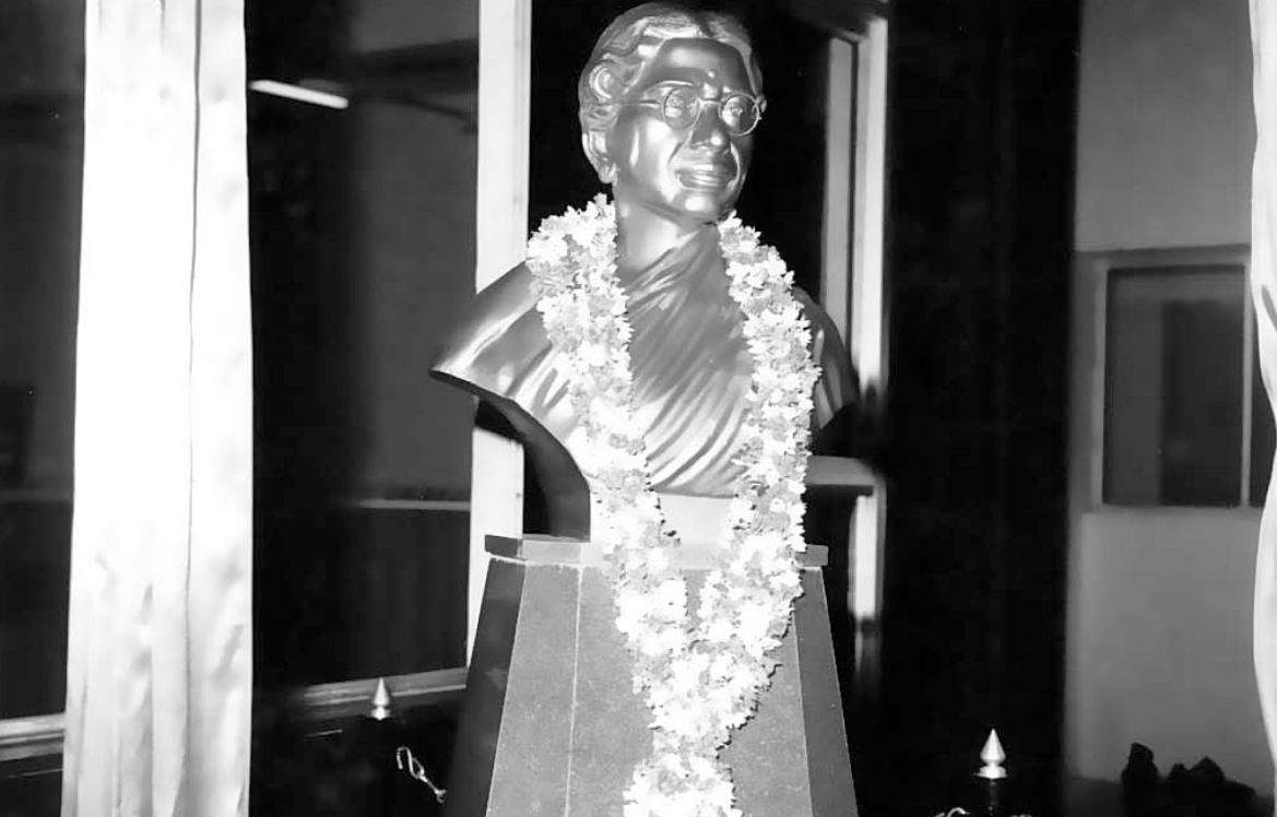A bust of Dr Reddy at the Cancer Institute, Chennai