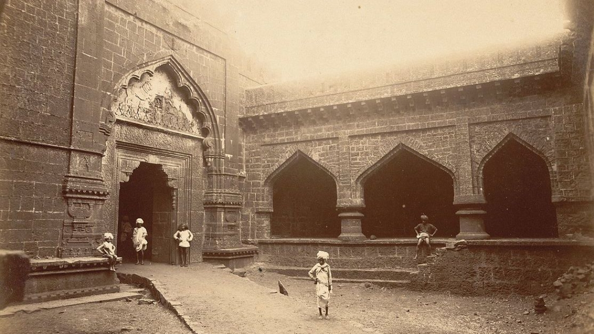 Teen Darwaza Gate