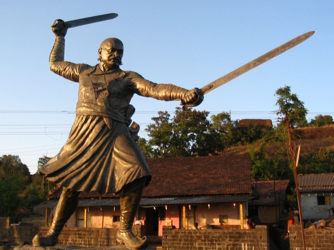 Statue of Baji Prabhu Deshpande who died in the battle