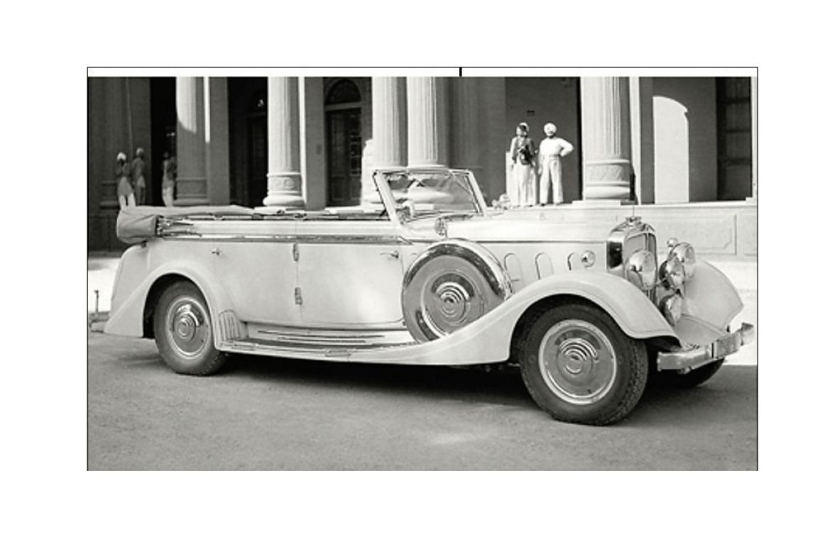 <b>The fabled Maybach  photographed outside the Patiala palace</b>