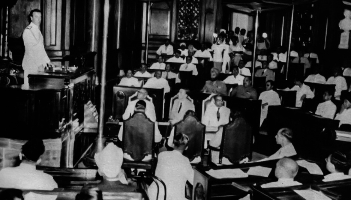 Lord Mountbatten addressing the members of Chamber of Princes in the 1940s at Council House (Parliament House), New Delhi