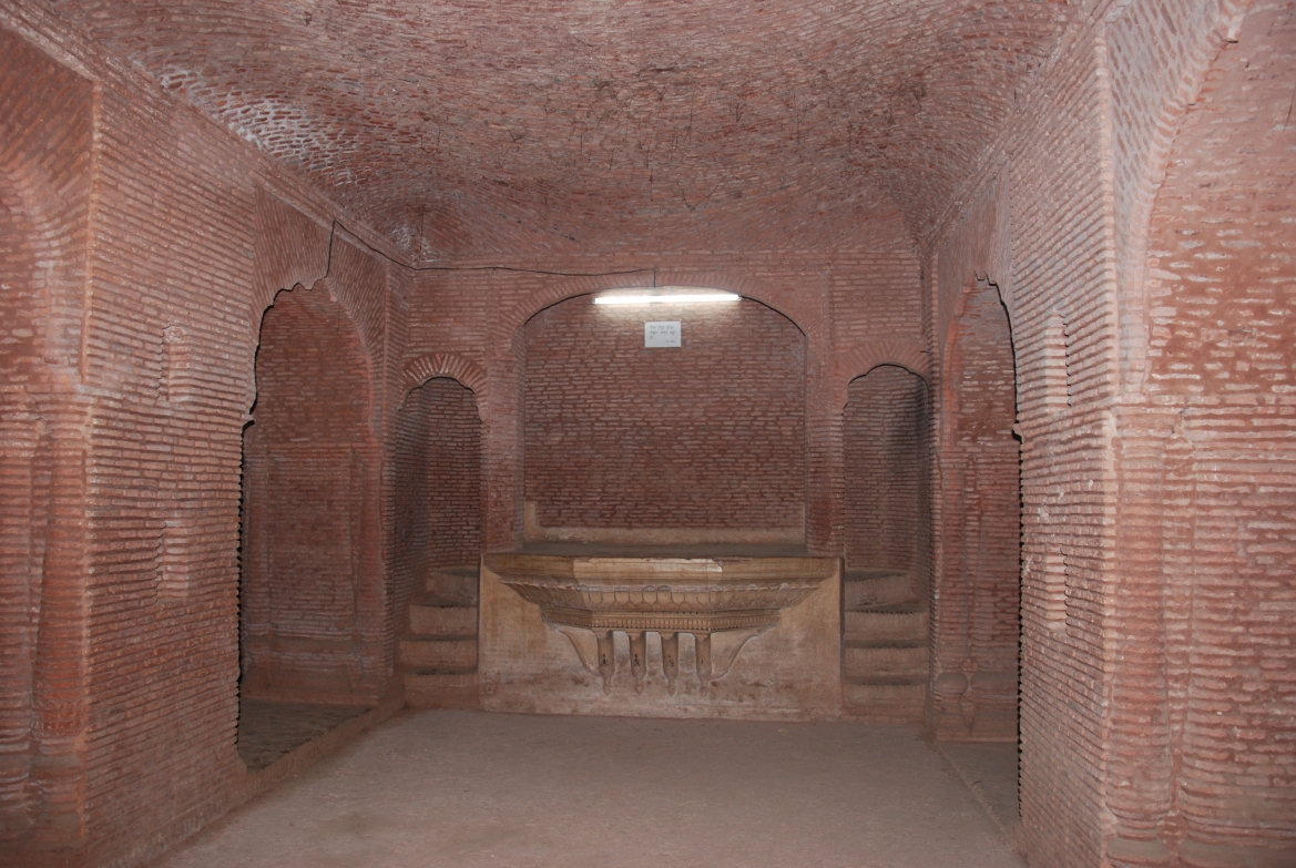 Underground throne