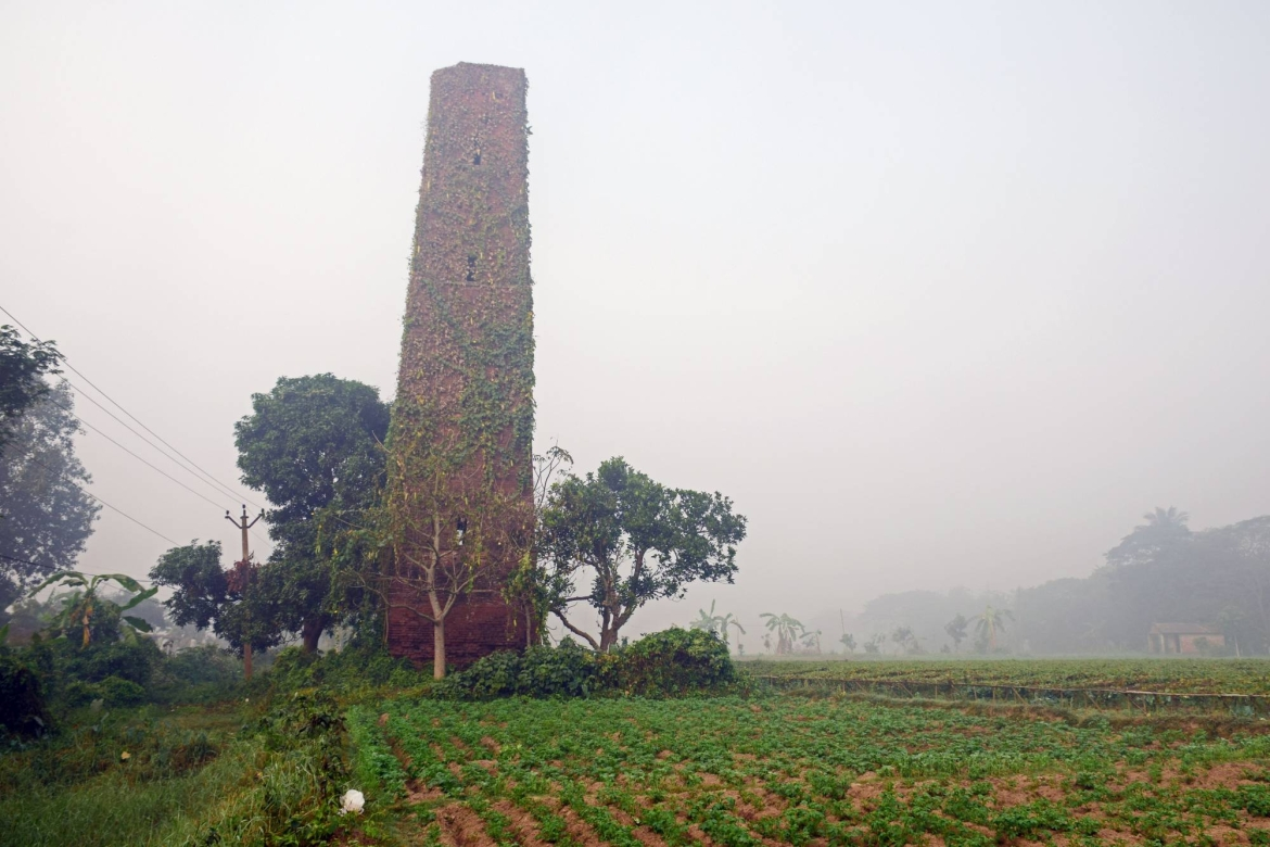 Abandoned GTS Tower near Kamarkundu