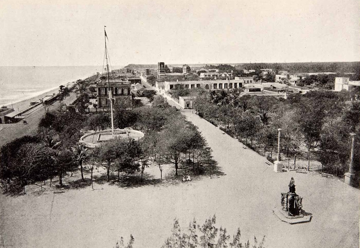 Pondicherry Waterfront (1900)